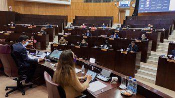la legislatura elegira hoy a sus dos vicepresidentes