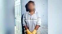 una mujer cito en un hotel alojamiento a su violador y lo asesino
