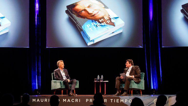 Macri presentó su libro y criticó duramente al kirchnerismo