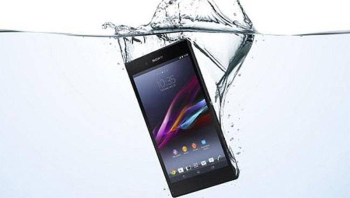 como resucitar un smarthphone que se cae al agua