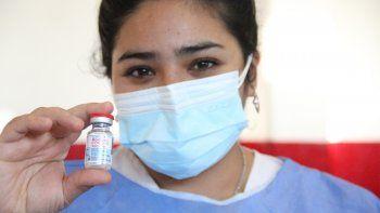 ¿cuantos neuquinos son candidatos a la combinacion de vacunas?
