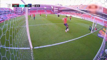 rojo vs. godoy cruz: insolito blooper termino en gol en contra