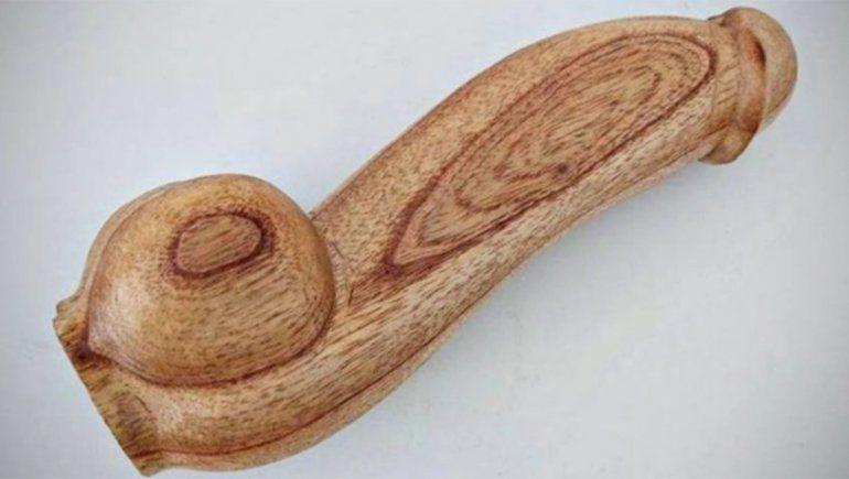 Al final se cayó la millonaria licitación de los penes de madera