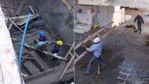 video: asi rescataban a un obrero atrapado tras el derrumbe