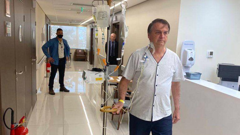 Bolsonaro mejora y espera que le den el alta en pocos días