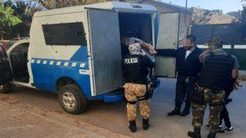 La Policía detuvo a los dos sospechosos de haber cometido un robo en un comercio de calle Planas.