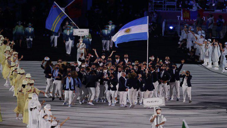 Inauguración Tokio 2020: así fue el eufórico ingreso de la delegación argentina