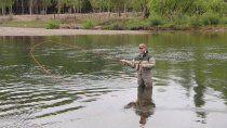 neuquen otorgo 17.000 permisos de pesca en menos de un mes