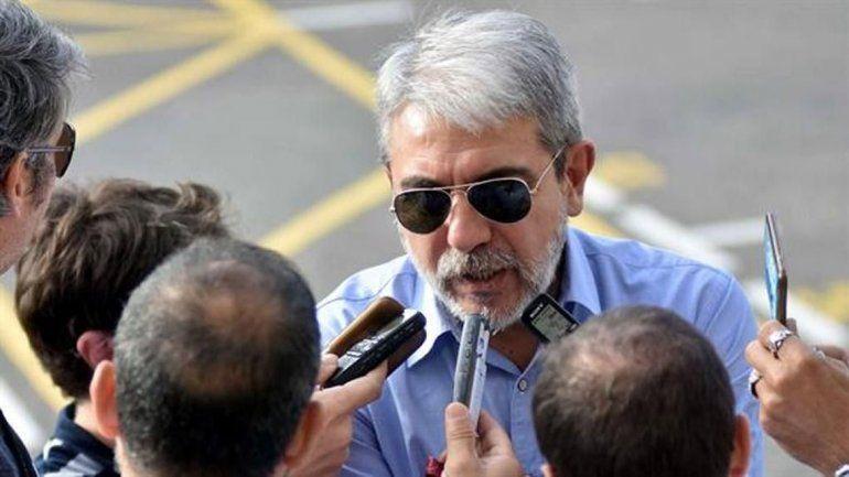 Luego de asumir, el ministro de Seguridad, Aníbal Fernández, y el jefe de Gabinete, Juan Manzur, dieron sus primeras declaraciones.