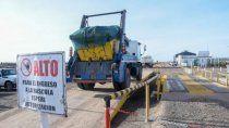 camioneros que transportan contenedores reclamaron en la muni del oeste