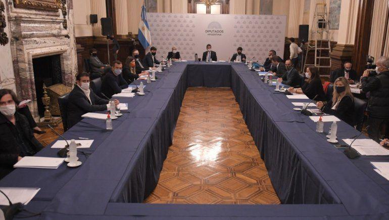Diputados llegaron a un principio de acuerdo para sesionar.