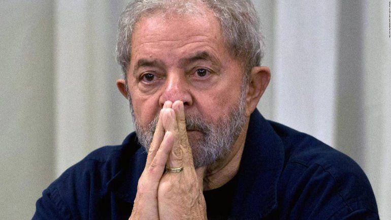 Lula podrá salir de la cárcel para darle el último adiós a su nieto