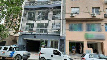 rescataron a 5 mujeres al allanar un prostibulo en pleno centro