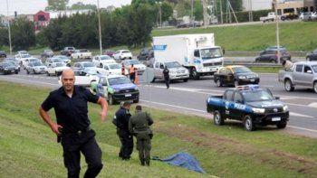 policia evito un robo y mato a un ladron vestido de delivery