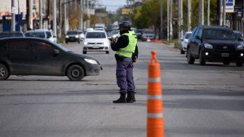 provincia extiende el horario comercial y de circulacion por una semana