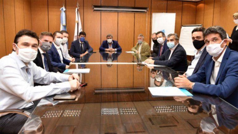 El Enacom y empresas de telecomunicaciones acordaron planes inclusivos