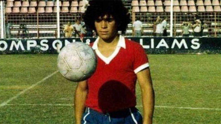 La fortuna que hoy ganan los jugadores, muy lejos de lo que cobraba Diego en Argentinos.