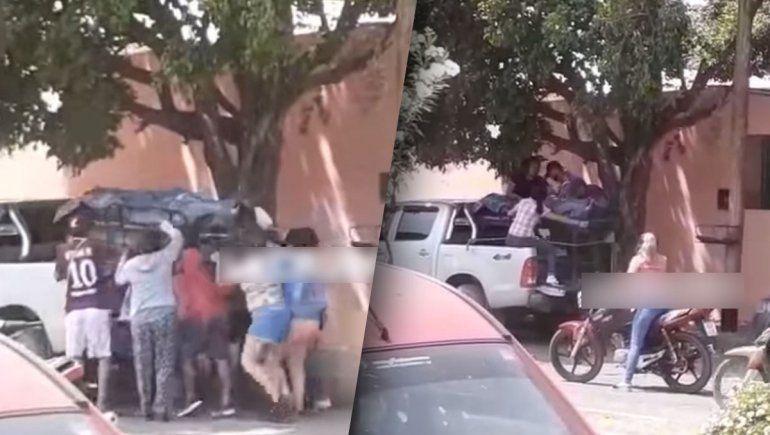 Video insólito: robaron el cuerpo del hospital para velarlo