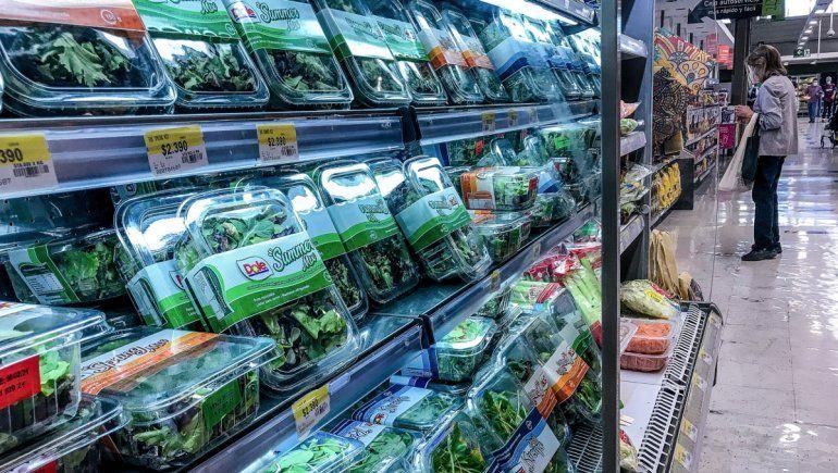 Un experto avaló prohibir el plástico como envoltorio