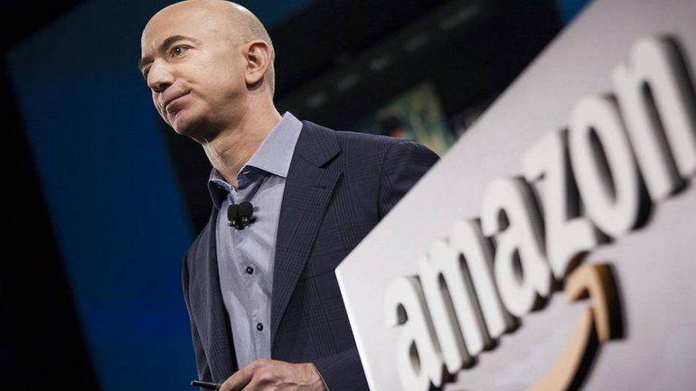 Jeff Bezos renunció a su puesto como CEO de Amazon