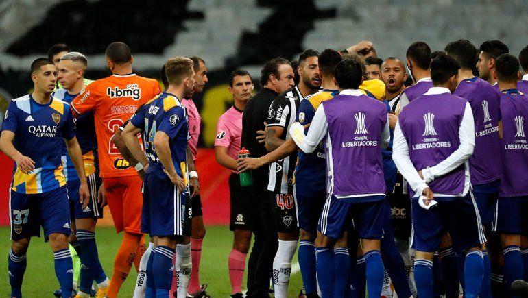Boca vuelve al país: ¿Tienen que aislarse los jugadores por romper la burbuja?