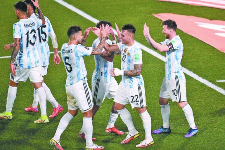 La selección argentina pasa por su mejor momento en años y la gente se identifica con el equipo.