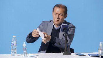 PASO: Gutiérrez explicó cómo cerrar el sobre sin usar saliva