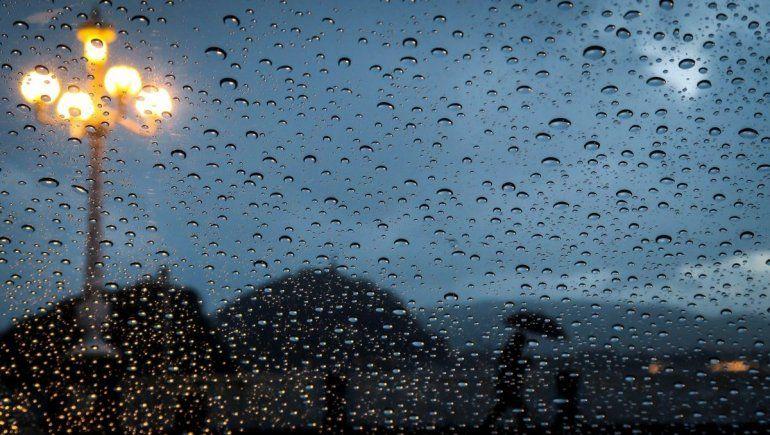 ¿Qué significa soñar con lluvia?