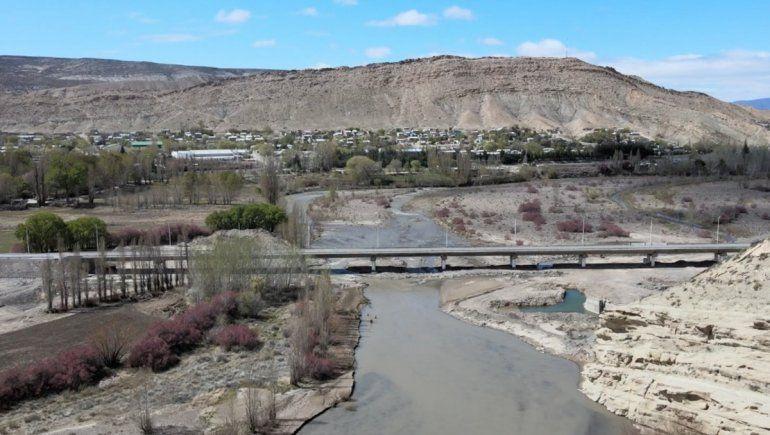 Conocé el puente sobre el río Curi Leuvú: es el segundo más largo de la provincia