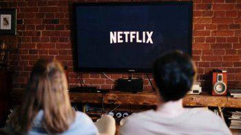 Descubrió que su mujer le era infiel por Netflix