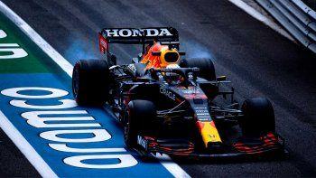 Max Verstappen se impuso en el viernes de la Fórmula 1 en Francia