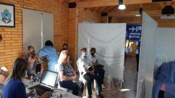 covid: comenzo el operativo de vacunacion en el hospital de plottier