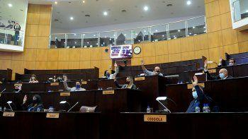 la legislatura revisara leyes referidas a derechos de las mujeres