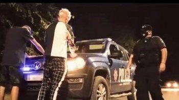 polemica por un videoclip con policias reales