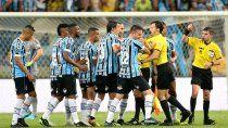 river, un club de estafadores: la fuerte acusacion desde brasil