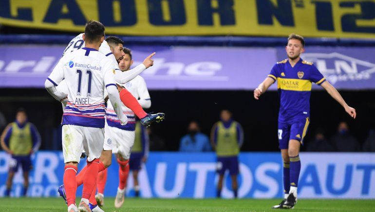 Los pibes de Boca cayeron 2 a 0 ante San Lorenzo, que es provisorio puntero