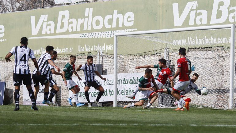 Dos jugados, dos ganados para Cipolletti en La Visera renovada (foto Anahí Cardena).
