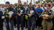 derrumbe en miami: con un minuto de silencio, se abandono el rescate de sobrevivientes