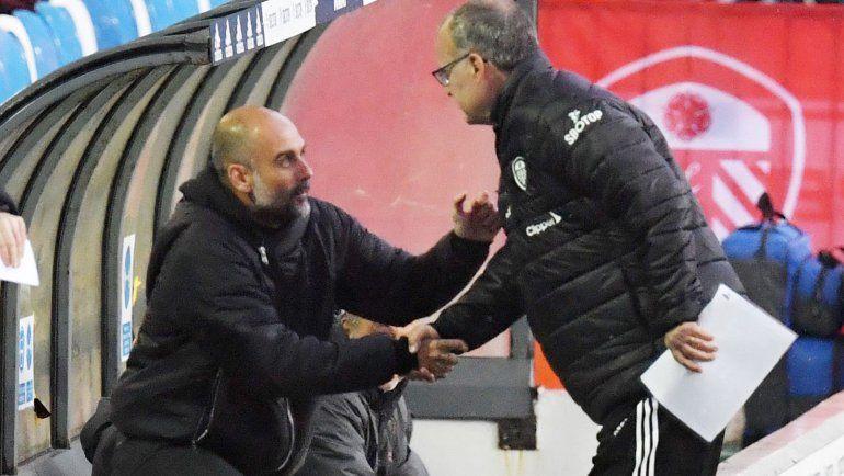 El afectuoso saludo entre Bielsa y Guardiola, ¿qué se dijeron?