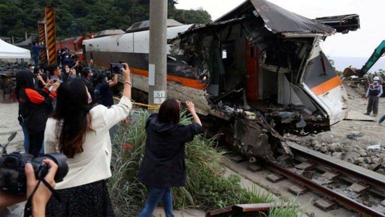 El video que muestra como ocurrió el terrible descarrilamiento de un tren