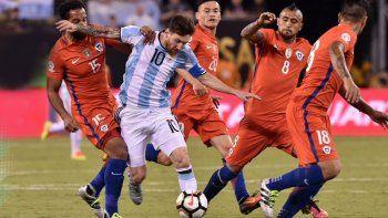 Formaciones confirmadas: sin el Huevo, estos son los 11 de Argentina vs. Chile