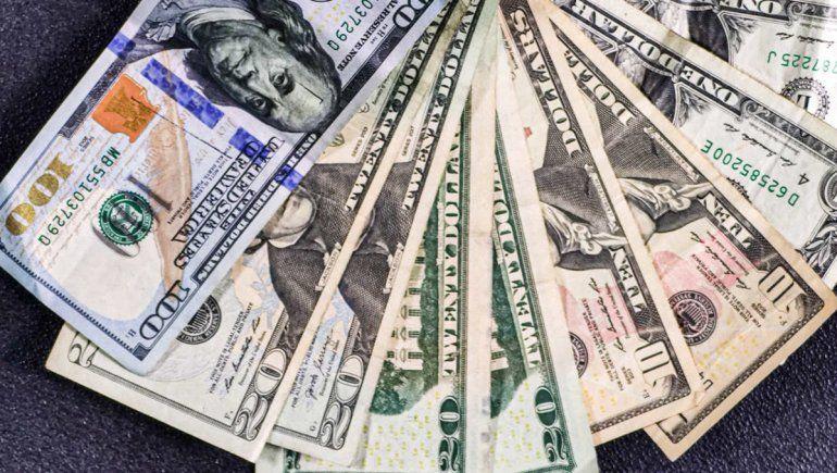Claves de las nuevas restricciones al dólar financiero: cómo comprar