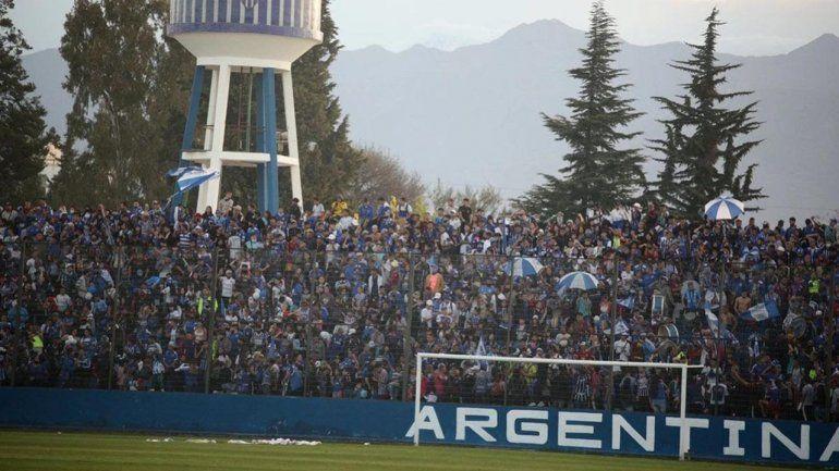 Polémico festejo en Godoy Cruz por los 100 años del club