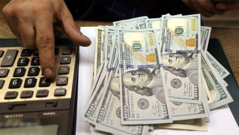 Dólar caliente: el blue volvió a subir y llegó a su récord