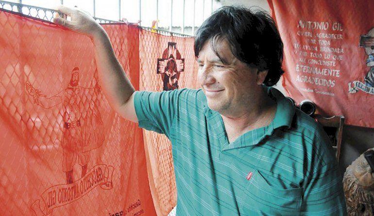 Conmoción: murió popular Brujo futbolero víctima de COVID