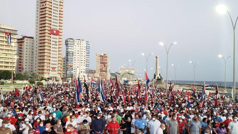 Cuba: multitud defendió al gobierno