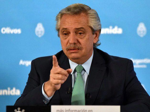 El presidente descartó el regreso a fase 1 y disparó contra Rodríguez Larreta
