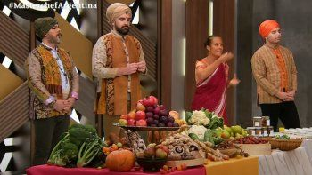 Noche hindú en MasterChef: danzas, look especial y escándalo