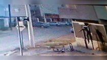 alertan por los ladrones del corsa gris en altos de limay