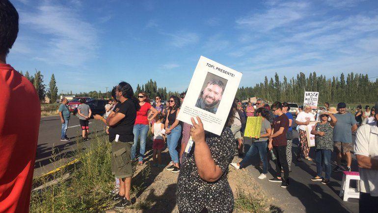 Reclaman justicia a un mes de un accidente fatal en la Ruta 22